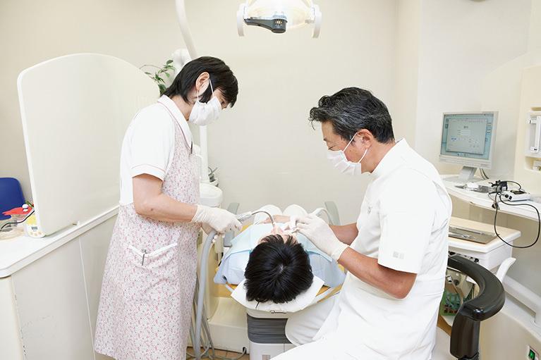 ひとりの患者さんにひとりの歯科衛生士がつく「担当制」を導入しています
